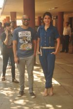 Anushka Sharma, Neil Bhoopalam at Red FM in Mumbai on 19th Feb 2015 (34)_54e6eee53fdad.JPG