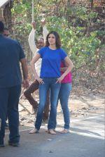Anushka Sharma on the sets of life ok in Filmcity, Mumbai on 20th Feb 2015 (39)_54e88c53e53e8.jpg