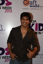 Vikas Bhalla at india kids fashion week in Mumbai on 22nd Feb 2015 (25)_54eae62fe4828.JPG