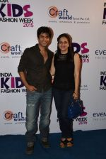 Vikas Bhalla at india kids fashion week in Mumbai on 22nd Feb 2015 (26)_54eae61020c5e.JPG