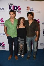 Vikas Bhalla, Sudhanshu Pandey, Vandana Sajnani at india kids fashion week in Mumbai on 22nd Feb 2015 (28)_54eae61ba7953.JPG