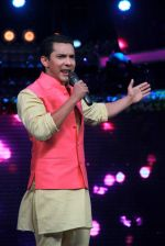 Aditya Narayan on the sets of Lil Champs in Famous on 24th Feb 2015 (38)_54ed714034415.JPG