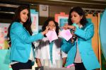 Genelia D_souza at Pampers Press meet in Palladium on 24th Feb 2015 (41)_54ed8eaf028a8.JPG