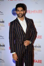 Taaha Shah at Ciroc Filmfare Galmour and Style Awards in Mumbai on 26th Feb 2015 (362)_54f079965c6e2.JPG