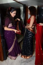 Varsha Usgaonkar at Shaina NC preview for Pidilite show in Mumbai on 26th Feb 2015 (4)_54f06d4ce6e86.JPG