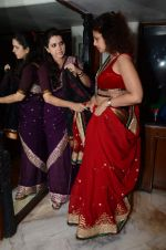 Varsha Usgaonkar at Shaina NC preview for Pidilite show in Mumbai on 26th Feb 2015 (7)_54f06d513f040.JPG