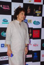 Zakir Hussain at 7th Mirchi Music Awards in Mumbai on 26th Feb 2015 (267)_54f07474c2d4a.JPG