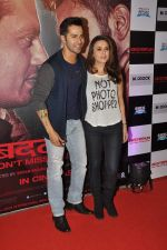 Preity Zinta, Varun Dhawan at _Badlapur success bash in Mumbai on 27th Feb 2015 (100)_54f1bcc5a8381.JPG