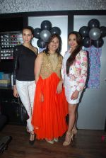 Alecia Raut and Gail Nicole Da Silva launch Glow studio in Powai on 1st Feb 2015 (45)_54f45c0543074.JPG