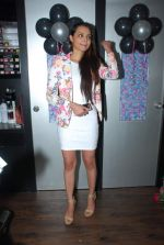 Gail Nicole Da Silva launch Glow studio in Powai on 1st Feb 2015 (38)_54f45c17cee3f.JPG
