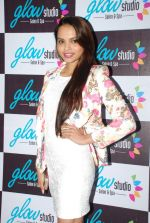 Gail Nicole Da Silva launch Glow studio in Powai on 1st Feb 2015 (40)_54f45c38e64c3.JPG