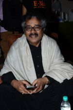 Hariharan at the launch of script writer Javed Siddiqui_s book Gulzar Pluto in Mumbai on 1st Feb 2015(66)_54f45c8ed23bd.JPG