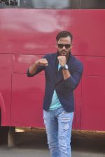 Sharib Sabri at Killer Karaoke launch by & TV in Vasai on 2nd March 2015 (56)_54f57776dee5f.JPG