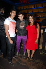 Aditya Singh Rajput at Ankit Tiwari_s birthday bash in Bora Bora on 5th March 2015 (42)_54f9a38fb56b0.JPG