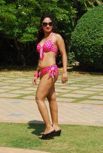 Marisa Verma bikini holi shoot on 5th March 2015 (33)_54f9785e21441.JPG