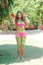 Marisa Verma bikini holi shoot on 5th March 2015 (58)_54f9789ec0fe2.JPG