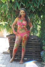 Marisa Verma bikini holi shoot on 5th March 2015 (66)_54f978ac067a3.JPG