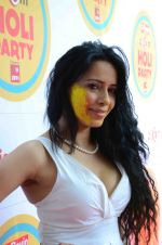 at Zoom Holi Bash in Mumbai on 6th March 2015 (176)_54fac3f91498a.JPG