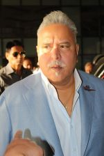 Vijay Mallya at Women_s car rally in Sahara Star on 7th March 2015 (16)_54fc534af3f91.JPG