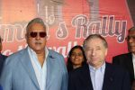 Vijay Mallya at Women_s car rally in Sahara Star on 7th March 2015 (32)_54fc529819d7f.JPG