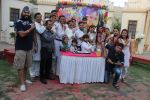 Tanaaz Irani, Bhaktiyar, Sumeet Raghavan, Jamnadas Majethia at Badi Door Se Aaye Hain 200 episodes celeberations for SAB TV in Malad on 10th March 2015(37)_550001ad8f408.JPG