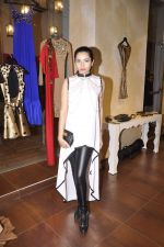 Shonali Nagrani at Harsh Harsh designer SS15 collection at Fabula Rasa in Lower Parel, Mumbai on 11th March 2015 (114)_5501589c2848e.JPG