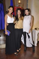 Shonali Nagrani at Harsh Harsh designer SS15 collection at Fabula Rasa in Lower Parel, Mumbai on 11th March 2015 (117)_550158a07eef0.JPG