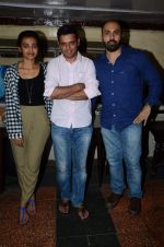 Ritesh batra, Radhika Apte and Dum Laga Ke Haisha director Sharat Kataria interactive session in Kyani Irani on 13th March 2015 (16)_5504261eafe61.JPG