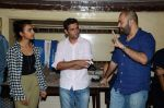 Ritesh batra, Radhika Apte and Dum Laga Ke Haisha director Sharat Kataria interactive session in Kyani Irani on 13th March 2015 (2)_5504266572e0e.JPG