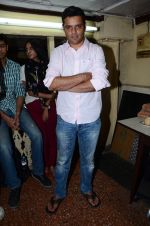Ritesh batra, Radhika Apte and Dum Laga Ke Haisha director Sharat Kataria interactive session in Kyani Irani on 13th March 2015 (26)_55042669622a6.JPG