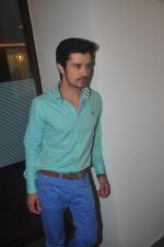 Darshan Kumaar at NH10 success bash in Eros Office on 16th March 2015 (6)_5507f059dfe60.jpg