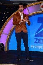 Karan Wahi at the launch of Zee TV_s Dance India Dance Super Mom in Mumbai on 17th March 2015 (68)_55094ba56b6f7.JPG