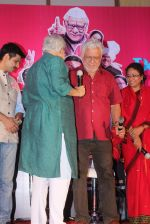Om Puri, Ranjeet Kapoor at Jai Ho Democracy trailor launch in The Club on 18th March 2015 (21)_550aa309401d7.JPG