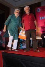 Om Puri, Ranjeet Kapoor at Jai Ho Democracy trailor launch in The Club on 18th March 2015 (22)_550aa30b2cd46.JPG