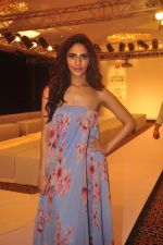 Vaani Kapoor on Day 1 at Lakme Fashion Week 2015 on 18th March 2015 (58)_550aa614a3680.JPG