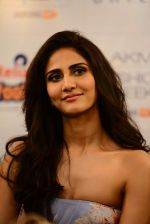 Vaani Kapoor walks the ramp for Sailex Show at Lakme Fashion Week 2015 Day 1 on 18th March 2015 (19)_550aab03d0834.JPG