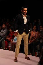 Irfan Pathan walks the ramp for Killer and Easies Show at Lakme Fashion Week 2015 Day 2 on 19th March 2015 (277)_550c05b40b236.JPG
