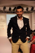 Irfan Pathan walks the ramp for Killer and Easies Show at Lakme Fashion Week 2015 Day 2 on 19th March 2015 (283)_550c05bfa3e7b.JPG