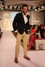 Irfan Pathan walks the ramp for Killer and Easies Show at Lakme Fashion Week 2015 Day 2 on 19th March 2015 (24)_550c05e61df8c.JPG