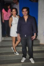 Malaika Arora Khan and Arbaaz Khan snapped at Olive on 23rd March 2015 (5)_55112df49b96a.JPG
