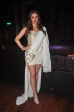 Lucy Pinder_s Bollywood debut with Warrior Savitri in Hardrock Cafe on 24th March 2015 (42)_55125c440d77a.JPG