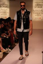 Model walk the ramp for Dhruv Kapoor at Lakme Fashion Show 2015 on 20th March 2015 (32)_5512588a2ed99.JPG