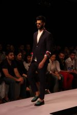 Model walk the ramp for Sahil Aneja at Lakme Fashion Show 2015 on 20th March 2015 (32)_551258e134a63.JPG