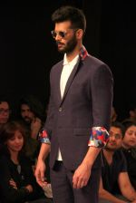 Model walk the ramp for Sahil Aneja at Lakme Fashion Show 2015 on 20th March 2015 (33)_551258e39c102.JPG