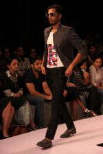 Model walk the ramp for Sahil Aneja at Lakme Fashion Show 2015 on 20th March 2015 (38)_551258ea544ae.JPG