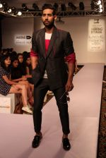 Model walk the ramp for Sahil Aneja at Lakme Fashion Show 2015 on 20th March 2015 (48)_551258f4939bf.JPG