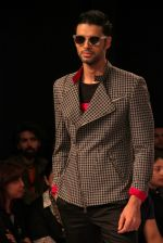 Model walk the ramp for Sahil Aneja at Lakme Fashion Show 2015 on 20th March 2015 (51)_551258f943c57.JPG