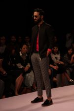 Model walk the ramp for Sahil Aneja at Lakme Fashion Show 2015 on 20th March 2015 (54)_5512590058aa6.JPG