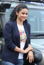 Gul Panag at Mahindra & Discovery Off Road With Gul Panag series launch in Mumbai on 25th March 2015 (56)_5513cce7dd8dd.JPG