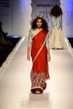 Model walk the ramp for Anju Modi on day 1 of Amazon India Fashion Week on 25th March 2015 (83)_5513cbc1968a0.JPG